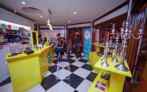 Le Beauty Bar de Bold Make Up s'installe à Yaoundé
